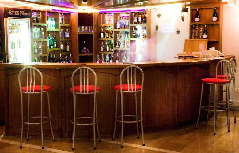 Hanedan Beach - Bar - 8
