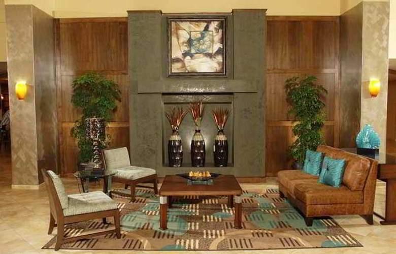 Doubletree Guest Suites In The Walt Disney World - General - 2