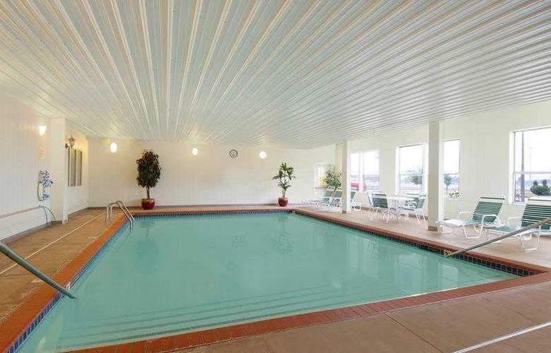Best Western Greentree Inn & Suites - Hotel - 47