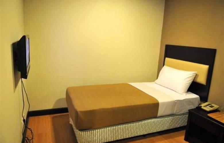 Lodge 18 Hotel - Room - 7