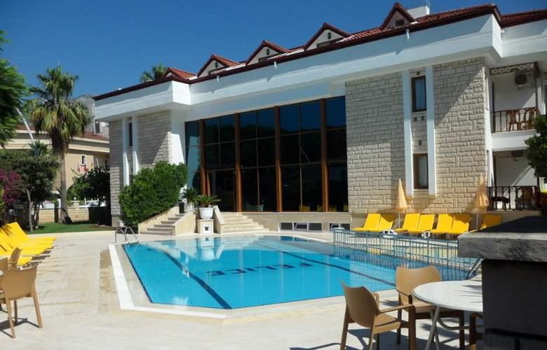 Felice Hotel - Pool - 6