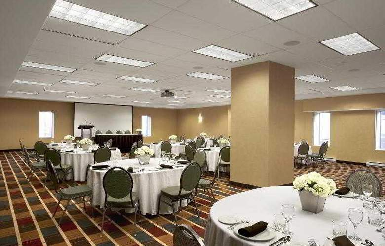 Four Points by Sheraton Halifax - Hotel - 0