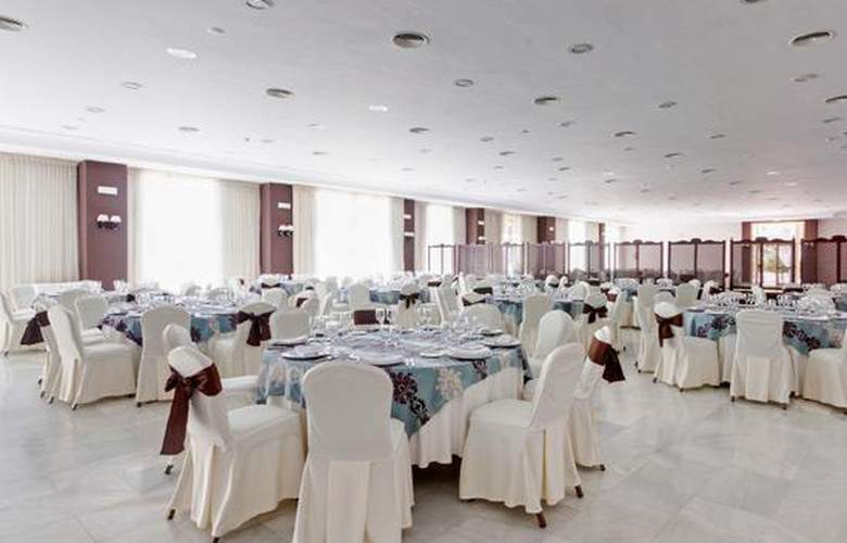 Tryp Melilla Puerto - Conference - 14