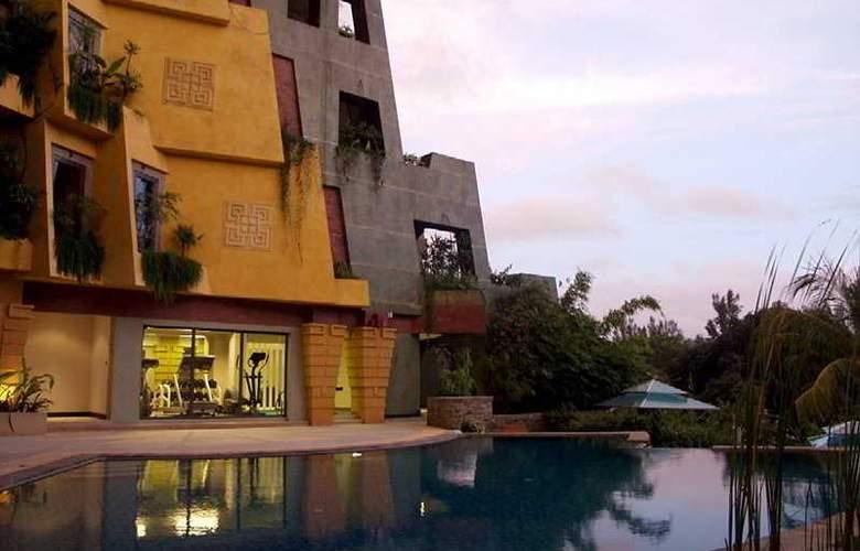 Aspasia Phuket - Hotel - 0