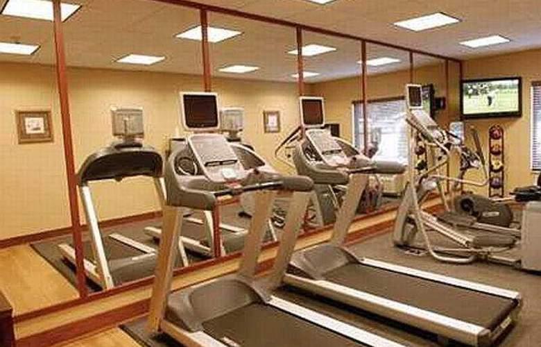 Hampton Inn & Suites Mystic - Sport - 7