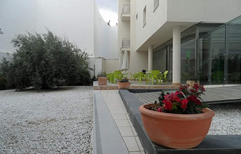 Albergue Inturjoven & Spa Jaén - General - 4