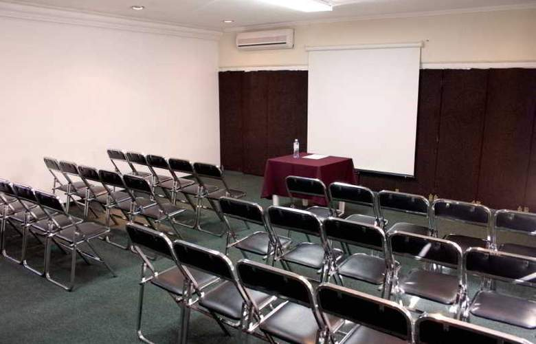 Campestre Inn Hotel & Residencias - Conference - 9