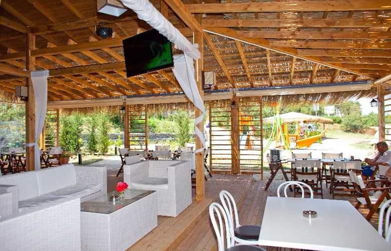 Santa Marina Sozopol - Restaurant - 33