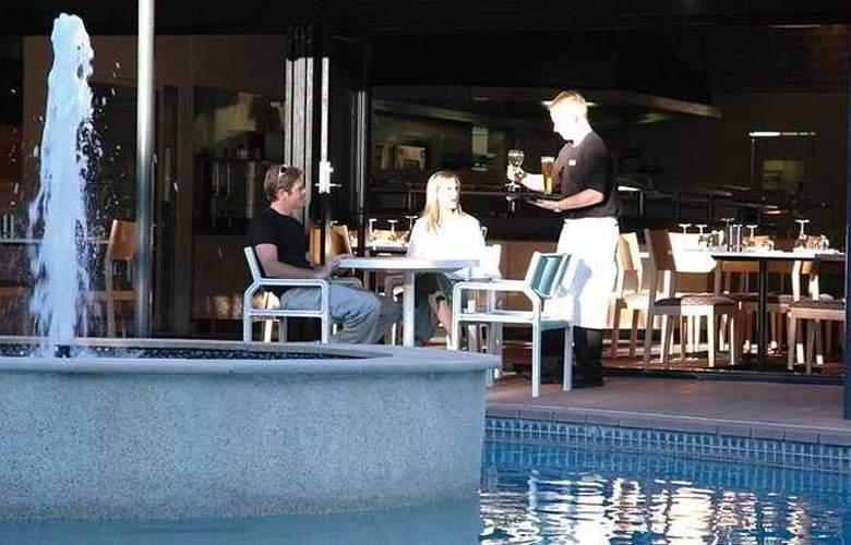 Chifley Alice Springs Resort - Pool - 5