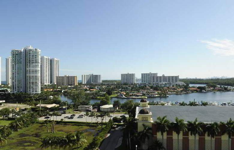 Large 3 Bedroom Apartment in Sunny Isles - General - 0