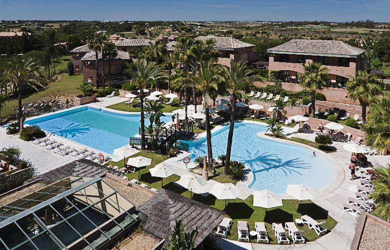 DoubleTree by Hilton Islantilla Beach Golf Resort - Pool - 8