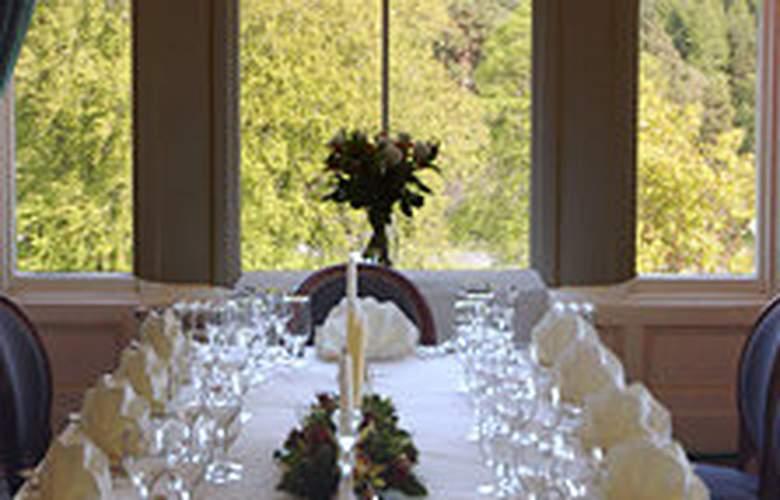 Muckrach Lodge Hotel & Restaurant - Restaurant - 5