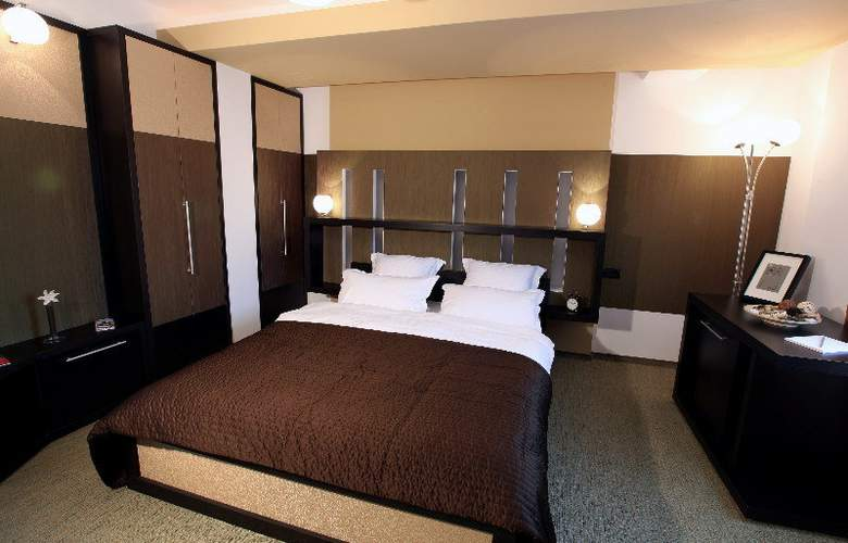 Ambiance Hotel - Room - 3