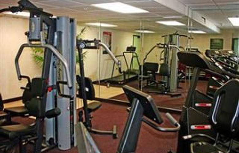 Mainstay Suites Fort Myers - Sport - 9