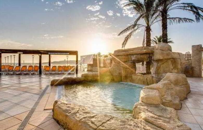 Sunny Coast Resort - Hotel - 6