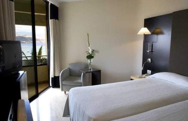 NH Imperial Playa - Room - 3