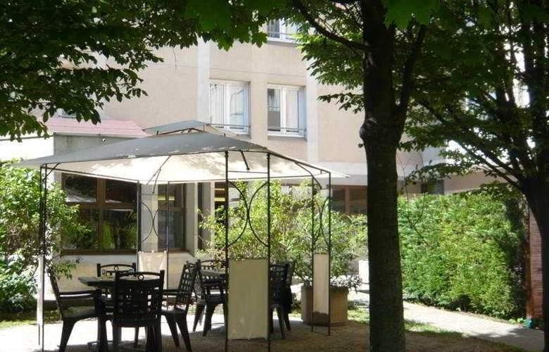 Citadines City Centre Grenoble - Terrace - 8