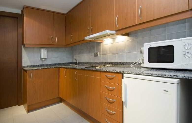Aparthotel Roc del Castell - Room - 5