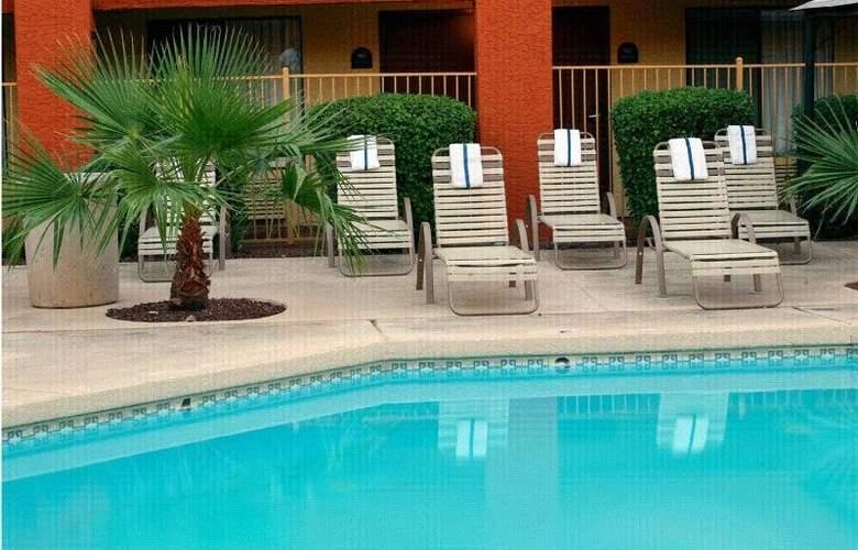 Tempe Phoenix Airport InnSuites - Pool - 1