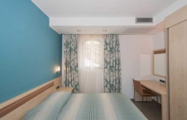 Belvedere Resort Apartments - Room - 13
