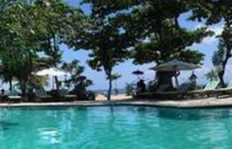 Bali Royal Suites - Pool - 8