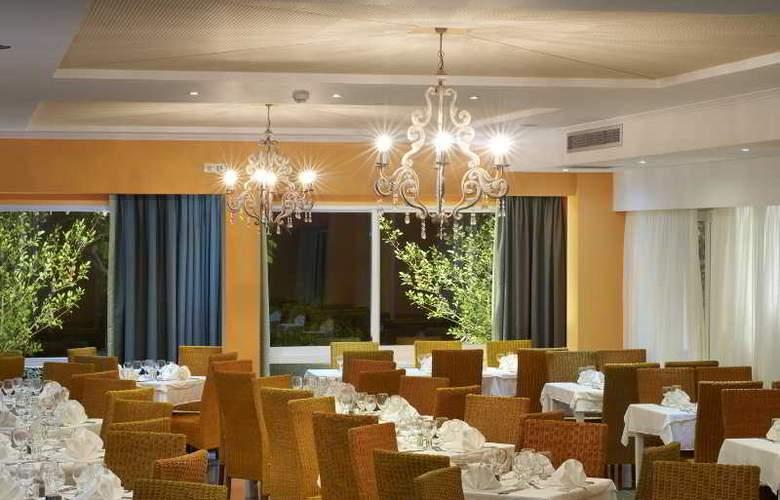 Portes Beach - Restaurant - 17