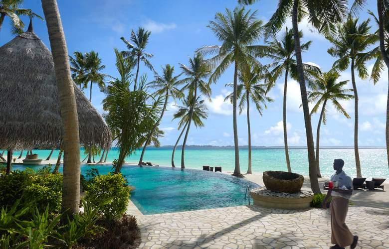 Shangri-La´s Villingili Resort and Spa - Pool - 2