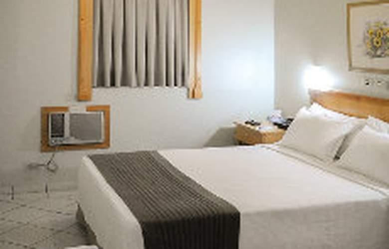 Plaza Inn San Conrado - Room - 2