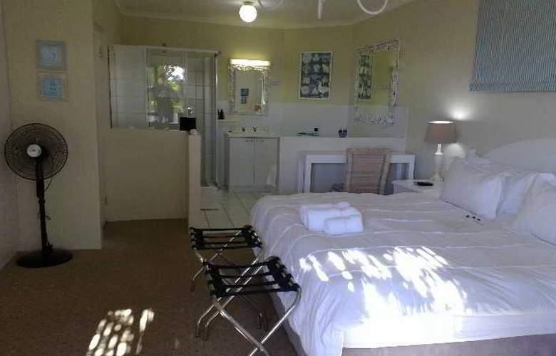 La Boheme Bed and Breakfast - Room - 9