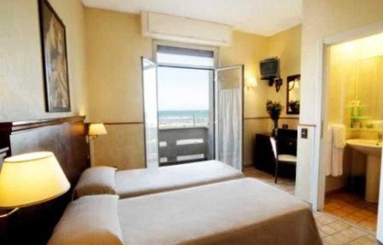 Belvedere Century - Room - 4