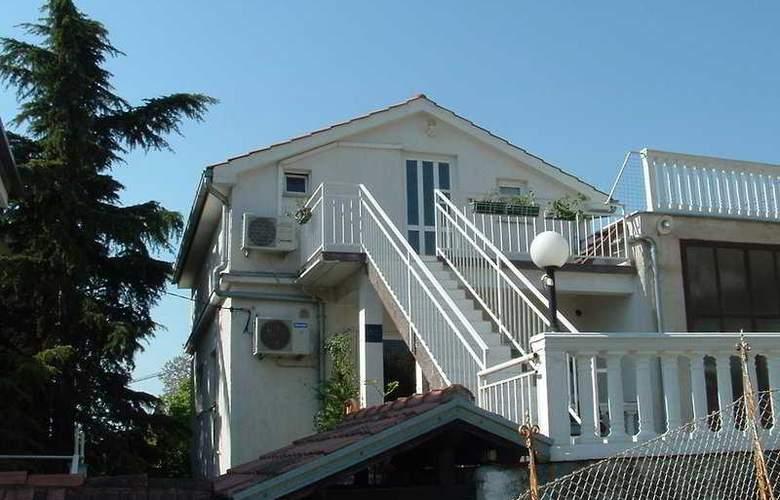 Apartmani Ivanka - Hotel - 0