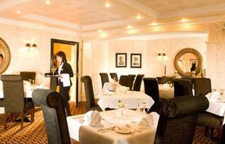 Victoria House Hotel - Restaurant - 4