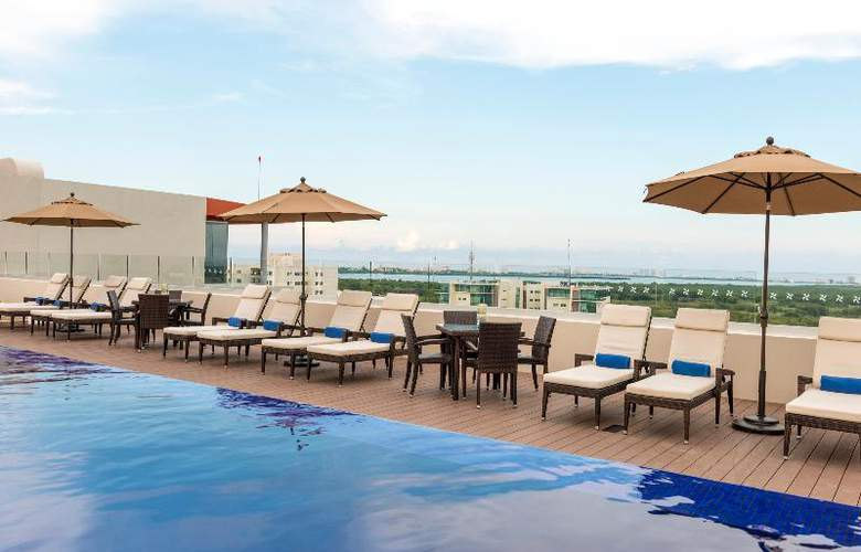 Four Points by Sheraton Cancun Centro - Pool - 8