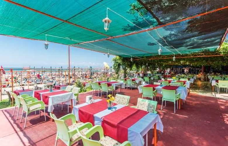 Heavens Beach Apart - Restaurant - 11