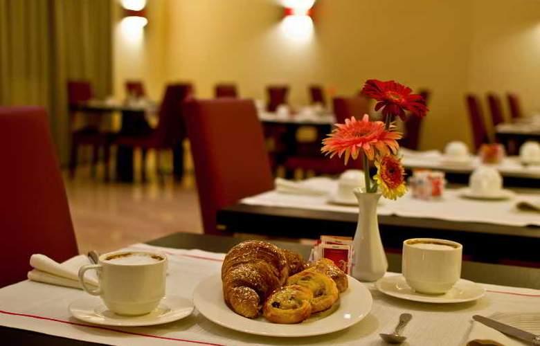 Hotel Nuvo - Restaurant - 9