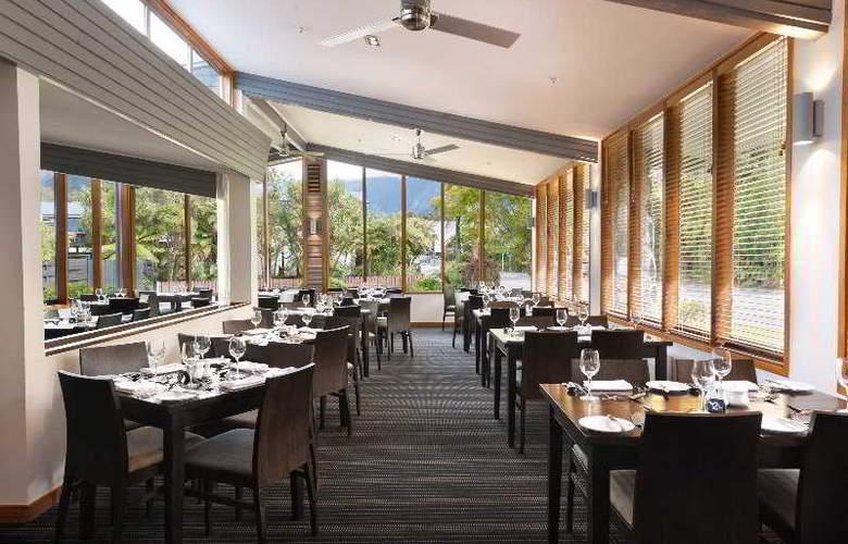 Scenic Hotel Franz Josef Glacier - Restaurant - 3