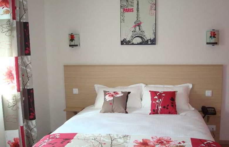 Brit Hotel Azur - Hotel - 0