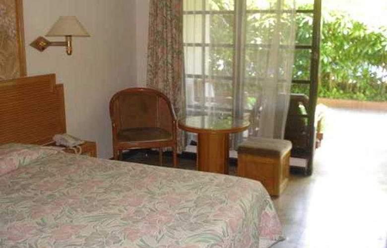 ARI PUTRI HOTEL - Room - 3