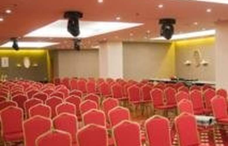 Ramada Brasov - Conference - 7