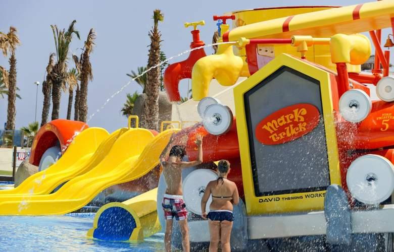 Mediterraneo Bay Hotel & Resort - Pool - 13