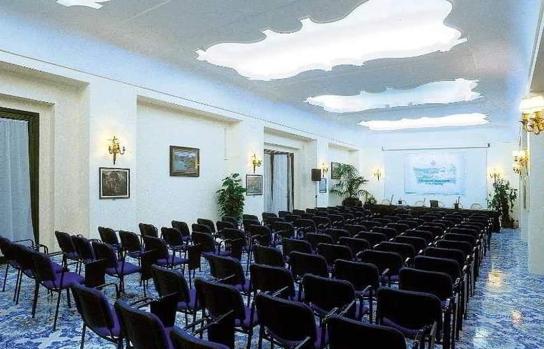 L'Albergo Della Regina Isabella - Conference - 7