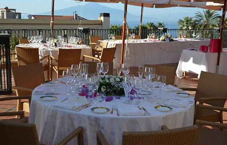 Grand Hotel la Favorita - Restaurant - 34