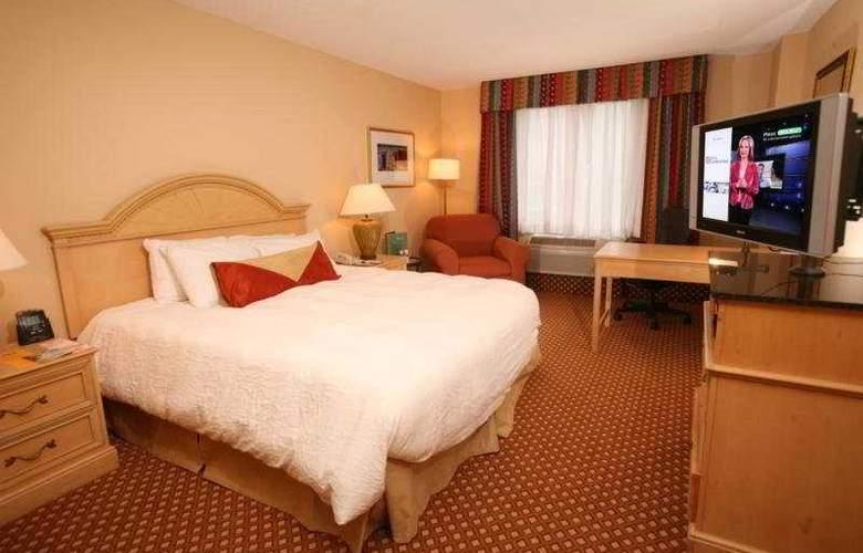 Hilton Garden Inn at SeaWorld - Room - 2