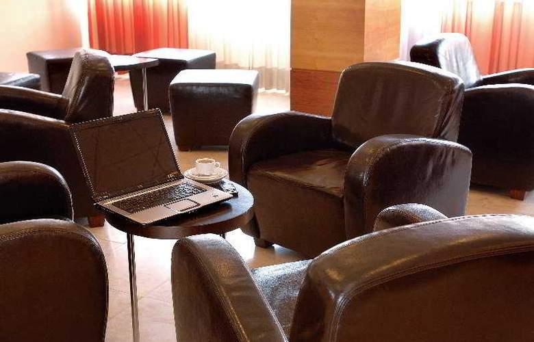 Maria Nova Lounge - General - 3