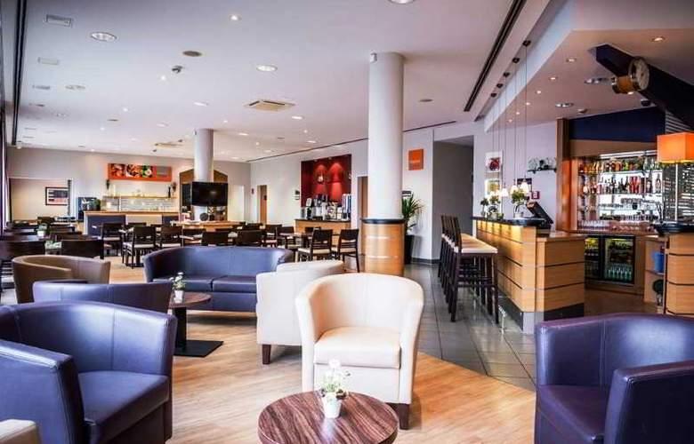 Holiday Inn Express Cologne Muelheim - Bar - 28