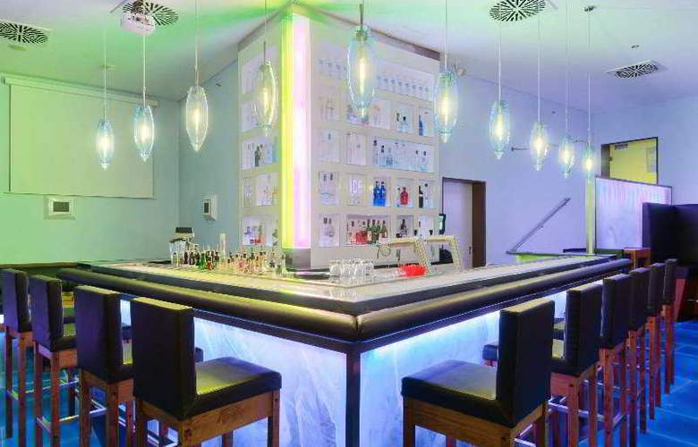 Hilton Cologne - Bar - 5