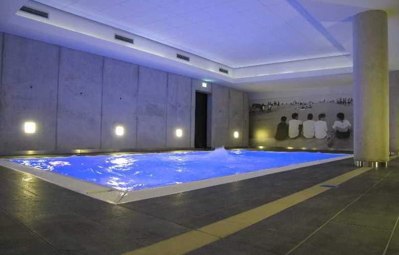 Designhotel ÜberFluss Bremen - Pool - 14