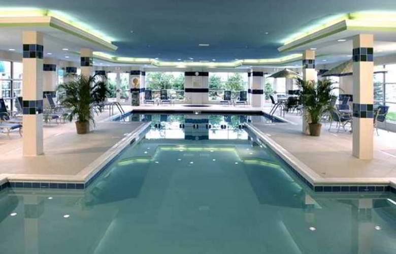 Hilton Garden Inn Buffalo Airport - Hotel - 3