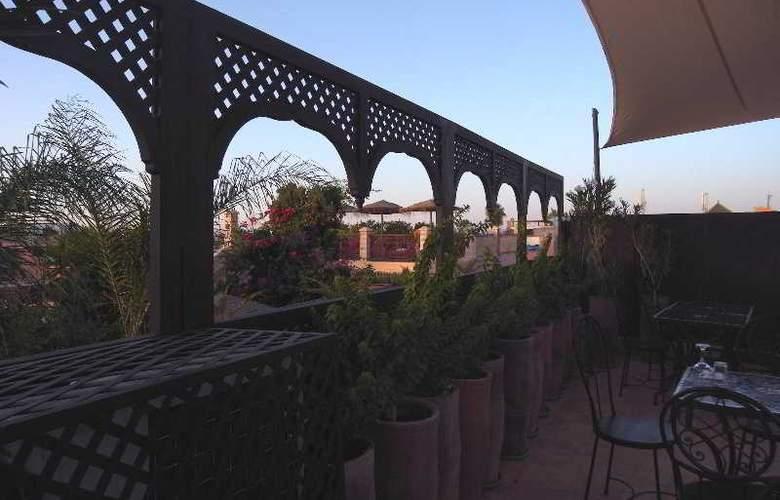 Riad Bazaar Cafe - Terrace - 14
