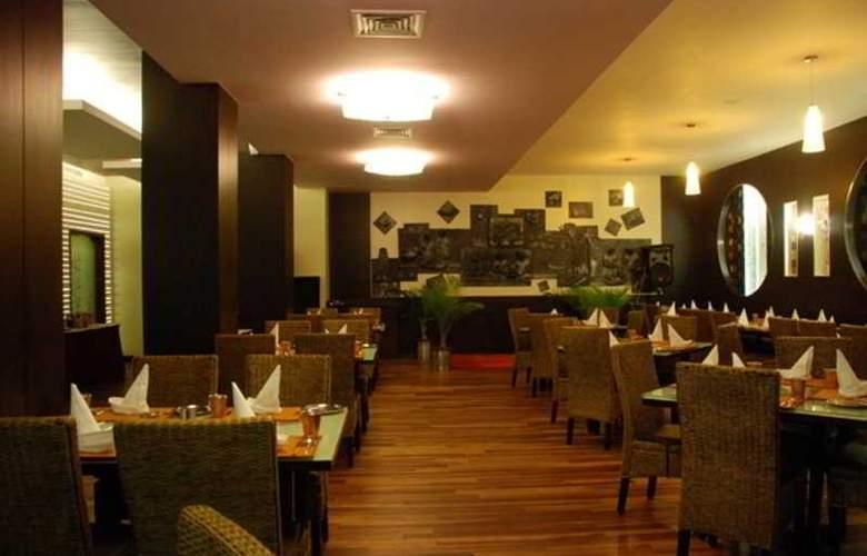37 The Crescent - Restaurant - 6